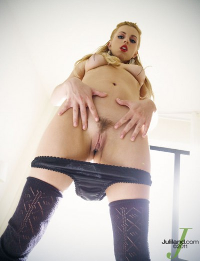 Lexi Belle Shaved