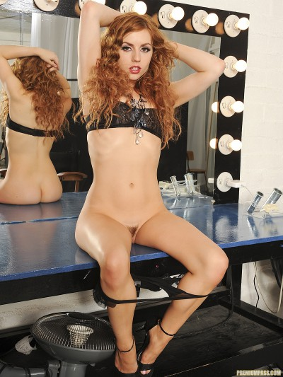 Lexi Belle Stripping